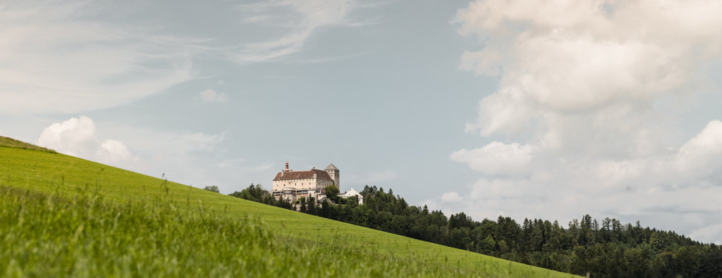 nikolaus-pfusterschmid-schloss-krumbach-panorama-5.jpg